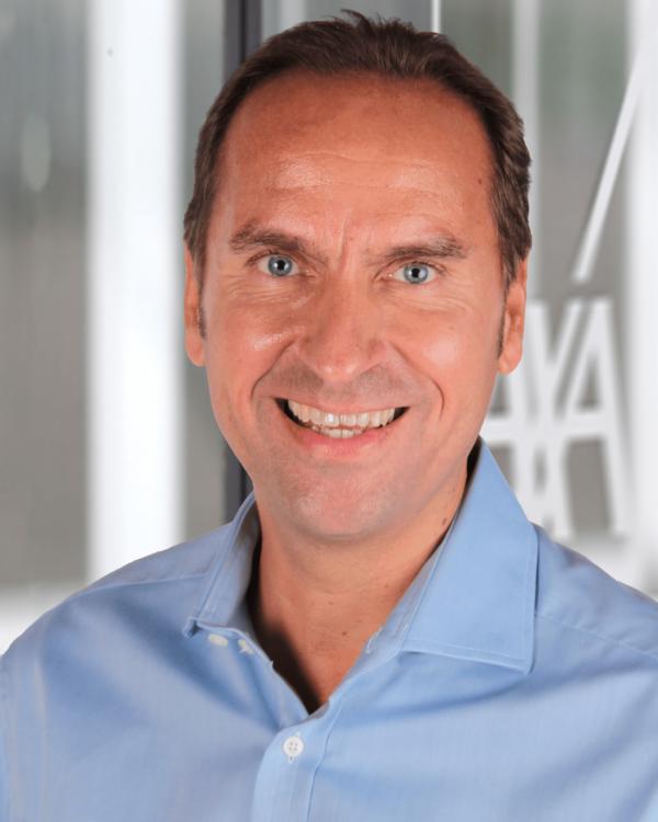 Frank Reinhart AXA Versicherung Neu-Isenburg